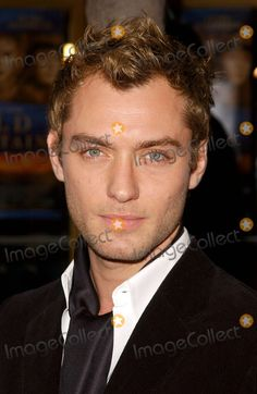 """Photos and Pictures - Photo by: Lee Roth/starmaxinc.com 2003. 12/07/03 Jude Law at the premiere of """"Cold Mountain"""" benefitting the Motion Picture and Television Fund. (Westwood, CA)"""