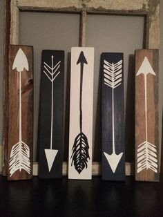 Wood Arrows Wood Sign Set Of 3 por FarmhouseSigns01 en Etsy