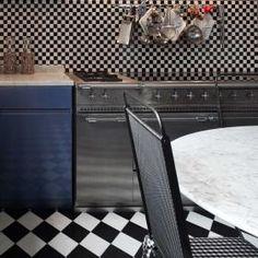 Matt White 200x200 Tiles