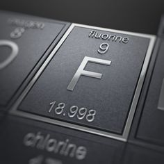 This is chlorine atomic number 17 atomic mass 35453 symbol cl this is chlorine atomic number 17 atomic mass 35453 symbol cl interesting fact some frogs have a chlorine compound in their skin that is a urtaz Images