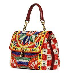 Olgaknits. Maglia e Uncinetto:! Dolce & Gabbana 2013 - borse all'uncinetto!