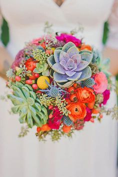 wedding bouquets featuring succulents that are beautiful & unique