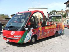 Dal Comune via libera alla proposta del servizio di City Sightseeing Livorno. Una porzione della nuova Gattaia sarà destinata all'ufficio e alla biglietteria