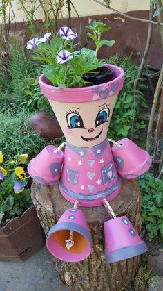 Flower Pot Art, Clay Flower Pots, Flower Pot Crafts, Clay Pots, Flower Vases, Clay Pot Projects, Clay Pot Crafts, Diy Clay, Diy And Crafts