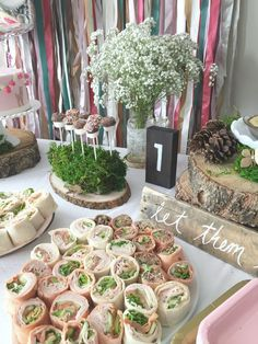 Rustic first birthday party on Canadian Mountain Chic { LOVE EVERYTHING about the entire party }