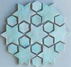 Fabulös inspiration: Kakel del how do we find this tile for the girls room? Clay Design, Tile Design, Tile Patterns, Textures Patterns, Creta, Handmade Tiles, Style Tile, Ceramic Clay, Mosaic Tiles