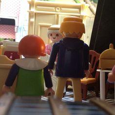 Como assim, maman? Abra o cofre para que eu possa explicar a vocês todos ... #aduchesa #bonecorama #playmobil