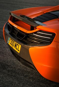 mclaren 650s spider - https://www.pinterest.com/pin/368943394454342121/