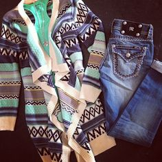 jean, dream closet clothes, fashion, style, sweater weather, hoiti toiti, fall outfits, casual outfits, bright colors