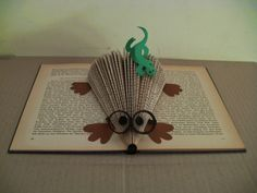 clara maffei: Book sculpture- mole