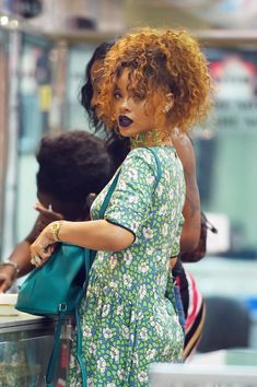 Rihanna's Summer hairstyle makes us want a new look. Shortly after sporting an ultralong ponytail at the BET Awards, the Rihanna was seen in NYC with a brighter, curlier style.