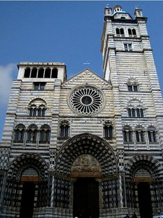 Cathedral San Lorenzo, Genoa Italy - the square in front of the church is so small I had to lay on the ground to get this shot! See more photos of this incredible church: http://www.gypsynester.com/sanlorenzo.htm #travel #italy #church