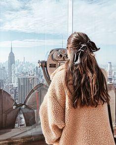 13 Hairstyles with silk scarves to give your style a touch of elegance 13 Peinados con pañuelos de seda para darle a tu estilo un toque de elegancia 13 Hairstyles with silk scarves to give your style a touch of elegance Scarf Hairstyles, Cute Hairstyles, Braided Hairstyles, Wedding Hairstyles, Evening Hairstyles, Spring Hairstyles, Style Hairstyle, Formal Hairstyles, Natural Hairstyles