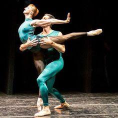 Elena Vostrotina of Dresden SemperOper Ballett in William Forsythe's In the Middle Somewhat Elevated #ballet #balletto