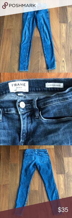 "Frame denim Skinny Jean Size 25 Super stretchy and comfortable, designer brand Frame denim, ""Le Skinny de Jeanne"" style. Perfect comfort Skinny, Ankle length. Frame Denim Pants Skinny"