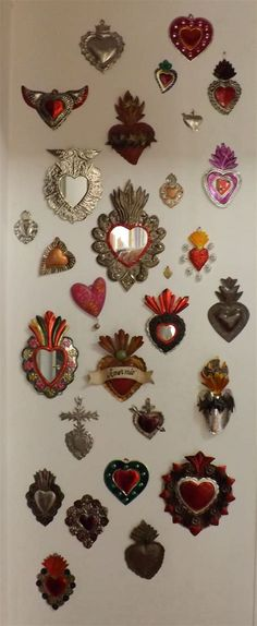 Hippy Room, Hippie Room Decor, Mexican Folk Art, Mexican Style, Latin Decor, Aluminum Can Crafts, Diy Art, Fire Heart, Heart Wall