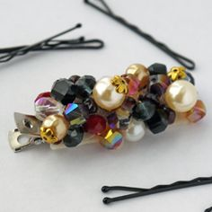 An Anthropologie-inspired hair clip DIY that takes less than 15 minutes to make!