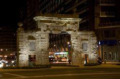 Puerta del Carmen Zaragoza. Antigua puerta sur de la ciudad.