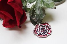 Beautifully Bloomed Rose DIY Necklace | AllFreeJewelryMaking.com