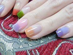 Color blocking nail art purple, orange