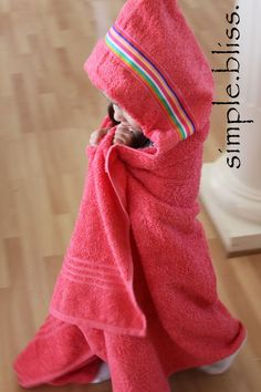 DIY Hooded Towels by onesimplebliss: This has a nicely self lined hood and is quick and easy.  #DIY #Kids #Hooded_Towel #onesimplebliss