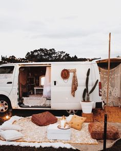 """10k Likes, 179 Comments - Lisa Smith (@lisadanielle__) on Instagram: """"And now this is how you camp in a van✨✨ #vanlife #spelldiy"""""""