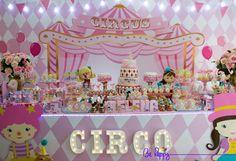 Festa Da Helena – – Behappy – Fotografia Infantil Circus Carnival Party, Circus Theme Party, Carnival Birthday Parties, Circus Birthday, Birthday Party Decorations, First Birthday Parties, First Birthdays, Kids Party Tables, Hippie Birthday
