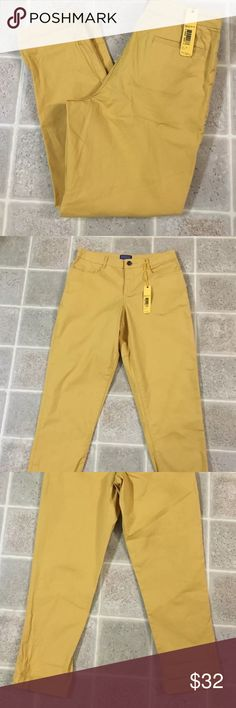 Pendleton Capri Pants Women's Size 4 Petite Pendleton Capri Pants Women's Size 4 Petite Color Yellow Mustard New See Pictures For Measurements Pendleton Jeans Ankle & Cropped
