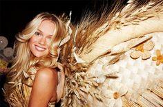 angel-beauttiful-blonde-girl-gold-Favim.com-125605.jpg (500×332)