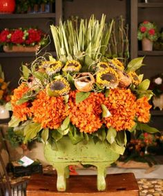 Fall Centerpieces Arrangements | Chinese Tall Preserved Floral Arrangement Preserved floral