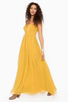 magic hour maxi dress from nastygal, reminds me of belle's dress :)