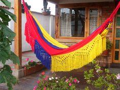 Las hamacas consideradas muebles para dormir o descansar son muy utilizadas en Colombia,   sobretodo en la costa caribe, se fabrican...