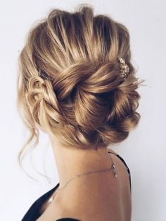 Idea Tendance Coupe & Coiffure Femme Wedding Hairstyles for Long Hair from Tonyastylist / www. Wedding Hairstyles For Long Hair, Wedding Hair And Makeup, Wedding Updo, Bride Hairstyles, Bridal Hair, Layered Hairstyles, Trendy Hairstyles, Hairstyle Ideas, Elegant Wedding