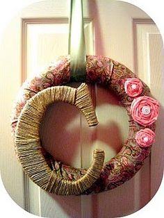 Monogram Wreath....love the monogram wrapped with twine!