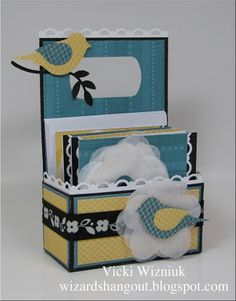 Cutecutecute! What a great idea for a small gift for someone!   3x3 card tote with tutorial