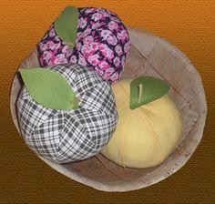 Textil alma, mint asztali dekoráció