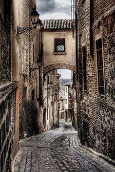 SPAIN / Medieval - Toledo Street.