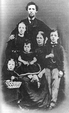 Daniel and Elizabeth Dunne and family, abt 1867, Birmingham, England,