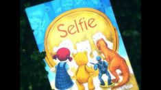 Un selfie perfect - Selfie, Editura Arthur Selfie, Lunch Box, Youtube, Bento Box, Youtubers, Youtube Movies, Selfies