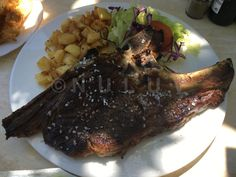 Restaurant Es Cruce – Wo Mallorquiner essen. Steak, Food, Majorca, Essen, Steaks, Meals, Yemek, Eten