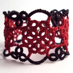 Tatted Bracelet LOVE Tatting... need to do this!