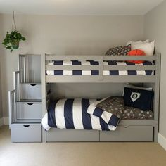 Efficient bunk beds