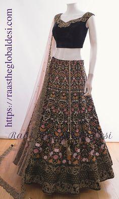 Lehenga Saree Design, Lehenga Designs, Indian Bridal Outfits, Pakistani Bridal Dresses, Indian Gowns Dresses, Indian Fashion Dresses, Lehnga Dress, Lehenga Skirt, Simple Lehenga