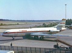 Impressionante avistamento de UFO por pilotos em 1968 Aeronave de companhia espanhola teve assustador encontro com objeto não identificado, revelado somente anos depois; piloto tentou se comunicar com o UFO   Leia mais: http://ufo.com.br/noticias/impressionante-avistamento-de-ufo-por-pilotos-em-1968  CRÉDITO: ARQUIVO  #UFO #Avistamento #1968 #JuanLorenzoTorres #IberiaAirlines #Iberia249