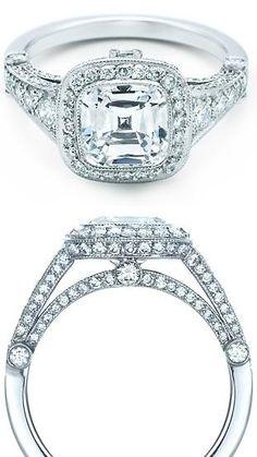 Julia's engagement ring. Gabriels Rapture by Sylvain Reynard