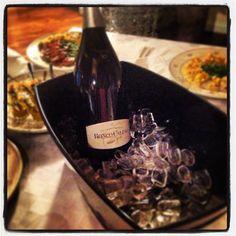 "@roncocalino's photo: ""Buon natale da Ronco Calino. #buonnatale #natale #franciacorta #vino #wine  #nature #ice #merrychristmas #christmas #xmas #cena #dinner #food #cibo"""