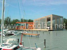 http://www.plexiglas.net/product/plexiglas/en/references/roof-facade/Pages/segelleistungszentrum.aspx #PLEXIGLAS® spurs people on to Olympic heights, as shown by the Austrian sailboat training center in Neusiedl. Architect Stephan Schurich, himself a champion sailor, knows how important it is for professional athletes to train in the right atmosphere. He skillfully fused the structure with its natural surroundings, using a #façade made of PLEXIGLAS®.