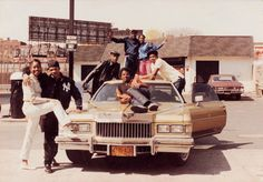 jamel shabazz street photography R Afro, Jamel Shabazz, School Images, African American Culture, American Photo, Valley Girls, Hip Hop Fashion, Urban Fashion, Wild Style