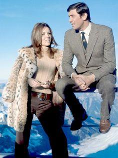 Diana Rigg & George Lazenby at Piz Gloria James Bond Women, James Bond Actors, James Bond Style, Best James Bond Movies, James Bond Movie Posters, Estilo James Bond, Movie Stars, I Movie, Diana Riggs