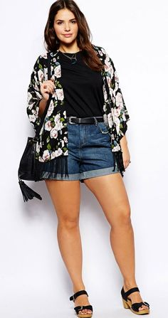 Cute Outfits For Plus Size Women. Graceful Plus Size Fashion Outfit Dresses for Everyday Ideas And Inspiration. Plus Size Refashion. Curvy Girl Outfits, Curvy Girl Fashion, Summer Outfits Women, Short Outfits, Look Fashion, Spring Outfits, Plus Size Outfits, Fashion Outfits, Fashion Hacks